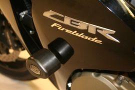 R&G Crash Protectors - Aero Style - Honda CBR1000RR Fireblade '08-